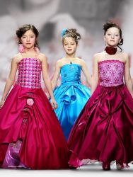 Платья для подростков
