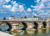 Каменый мост через Вардар
