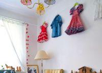Как украсить детскую комнату своими руками6