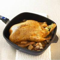 Утка, фаршированная тертым картофелем – кулинарный рецепт