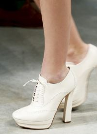 какая обувь в моде осенью 2013 2