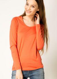 красная футболка3