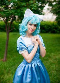 голубой парик 9