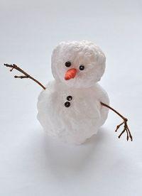 Как сделать маленького снеговика из стаканчиков фото 304