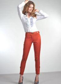 С чем носить укороченные брюки 4