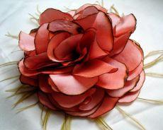 Цветок из материи своими руками 3