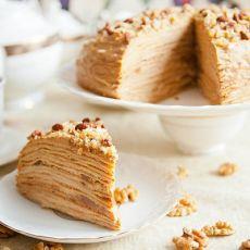 блинный торт с орехами и сметаной рецепт