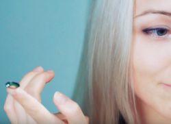 как правильно вставлять контактные линзы 4