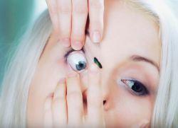 как правильно вставлять контактные линзы 5