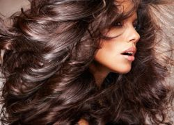 زبدة الكاكاو لتطبيق الشعر
