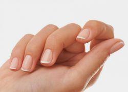 Почему слоятся и ломаются ногти Причины и лечение