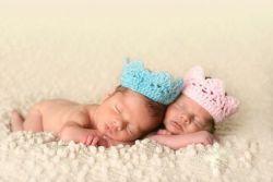 девочка и мальчик близнецы фото