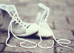 Лучше туфель: 6 пар кроссовок, которые подходят ко всему