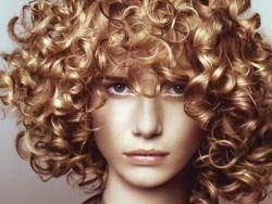 химическая завивка волос уход