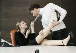 Как привлечь внимание мужчины?