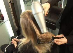 كيفية تصويب مجفف الشعر