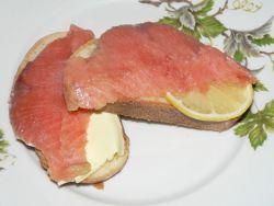 Бутерброды с копчёной горбушей - рецепт пошаговый с фото