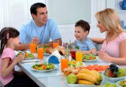 Правила поведения в обществе и семье