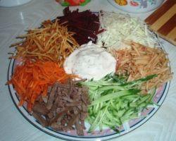салат рецепт веселка