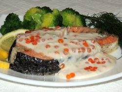 стейк семги в сливочном соусе