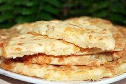 Сырные лепешки за 15 минут – кулинарный рецепт
