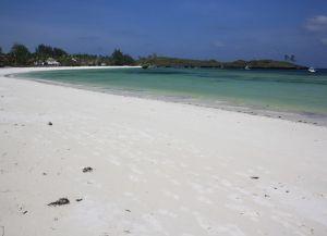 Белые песчаные пляжи Малинди