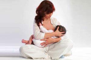 как правильно кормить новорожденного грудью 3