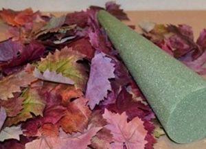 топиарий из осенних листьев 11