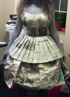 Как сделать платье из бумаги своими руками на себя 924