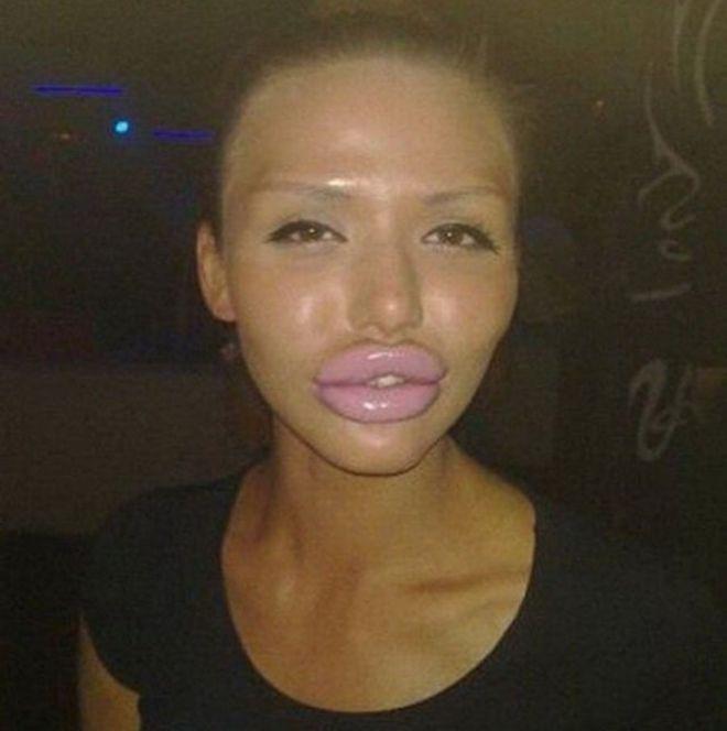 Уточка картинка губы