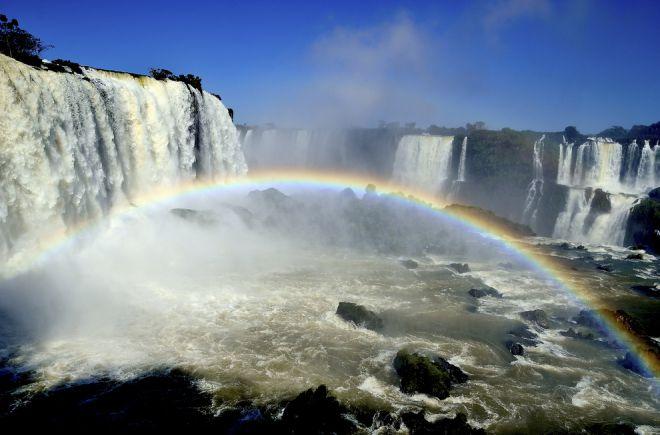 Водопады Игуасу, между Бразилией и Аргентиной