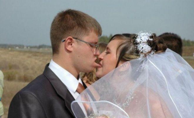 целуются в первый раз