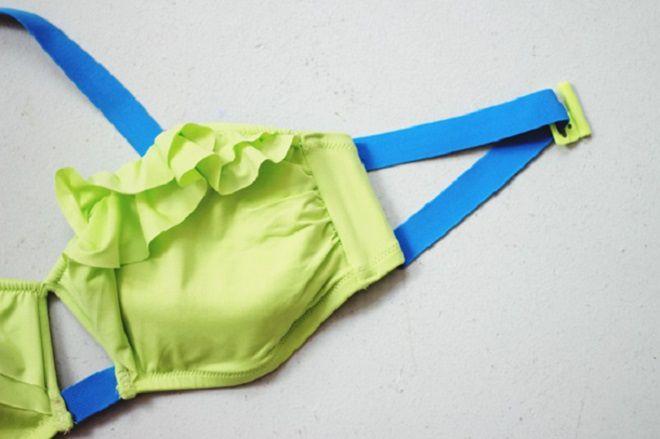 Фото поп в сетках а наверху сетки стринги — photo 5
