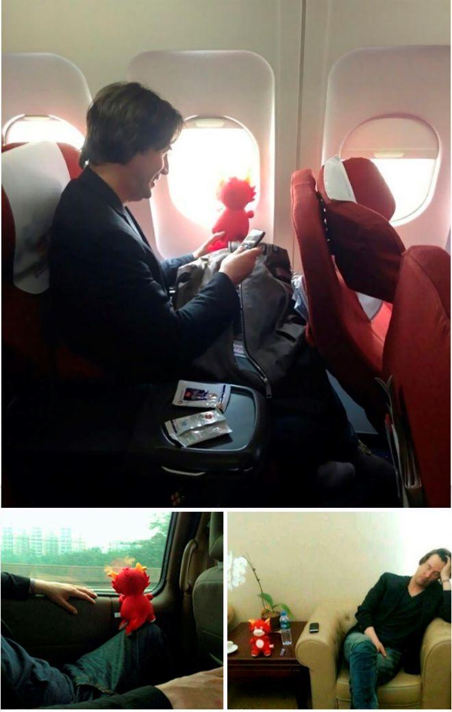 Киану в самолете