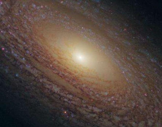 Флоккулентная спиральная галактика