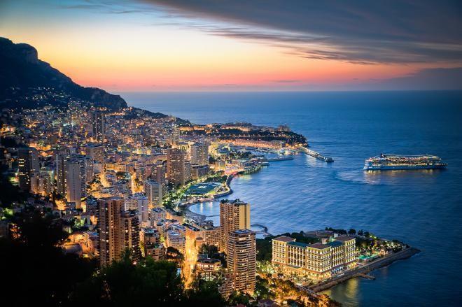 Монако вторая самая маленькая страна после Ватикана