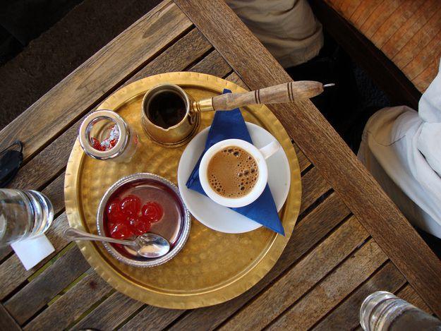 Поднос с кофе