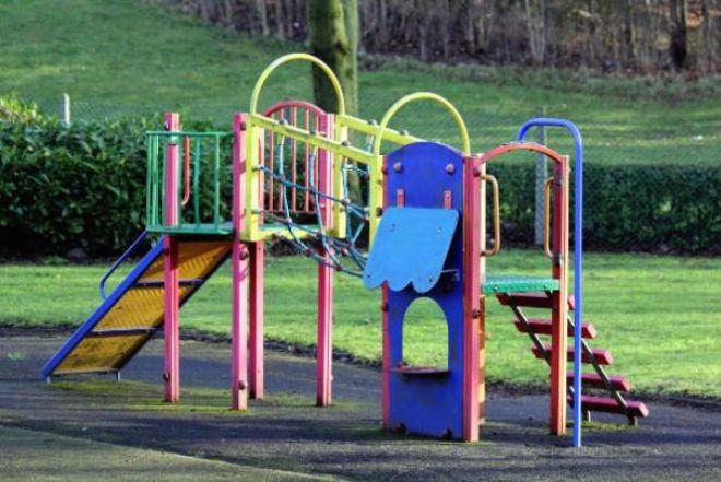 Инвентарь на детской площадке
