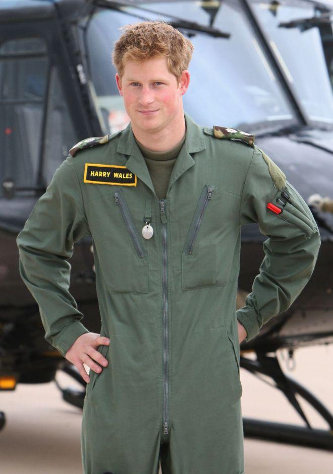 очень пылкий фото принца гарри в военной форме самые