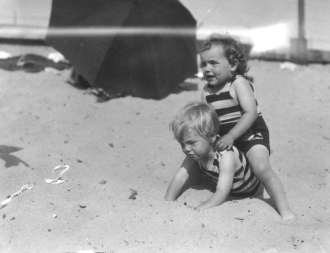 Монро в детстве