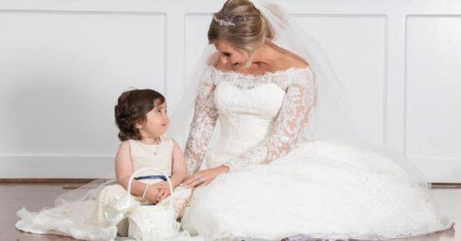 Невеста с малышкой