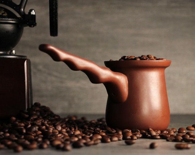 зерна кофе в турке