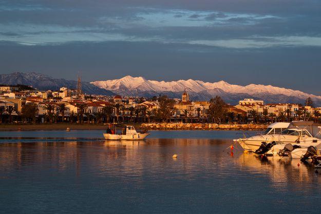 Вид на город на закате