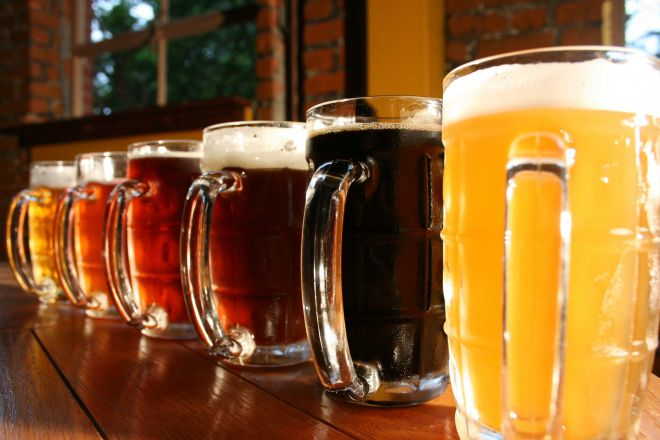Бокалы пива