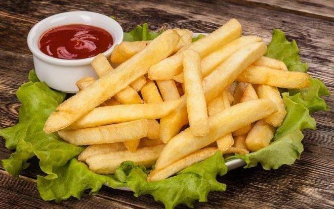 Если вам нужна свежайшая картошка фри, заказывайте ее без соли