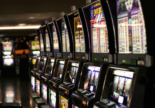В автоматы в деньги украине игровые на играть