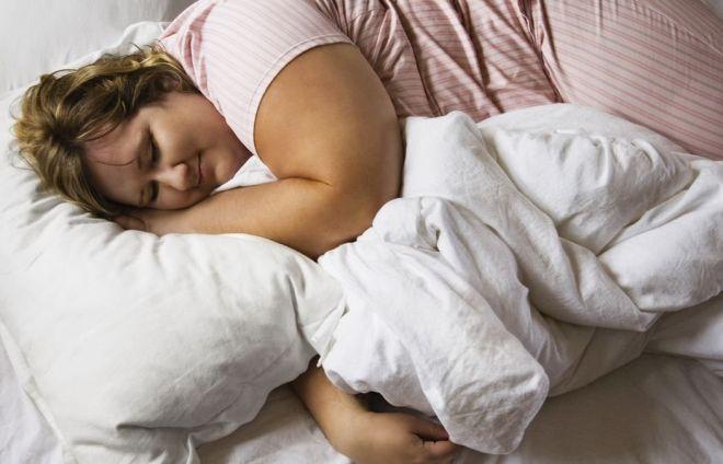 Недостаток сна приводит к избыточному весу