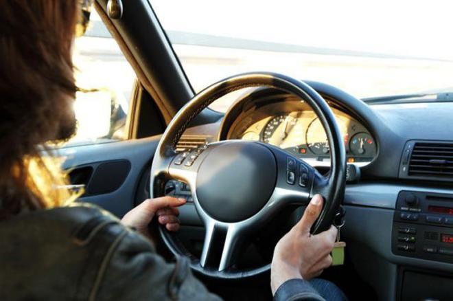 дальтоникам не разрешается водить автомобили