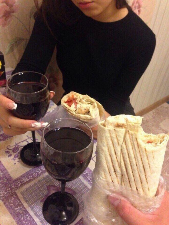 Ты, я, вино и шаурма