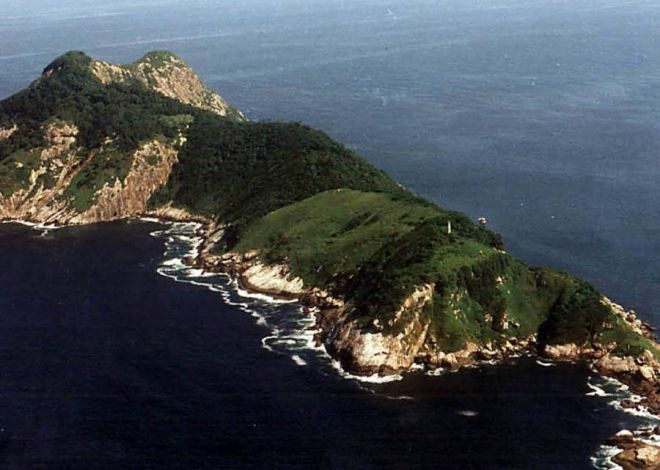 остров змей